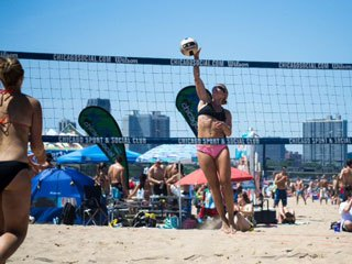 Competitive Sand Volleyball Player Returns to the Court 4 Months after ACL Reconstruction