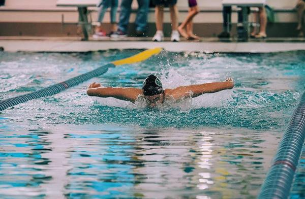 Back to competitive swimming after shoulder surgery