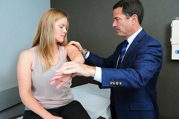 人工逆肩関節置換術後の後遺症
